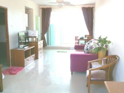Studio room next to Pattaya Park for rent.