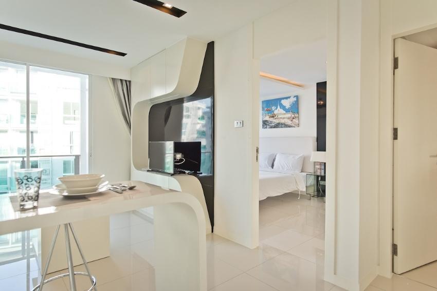 City Center Residence – Studio & 1 Bed for Rent!