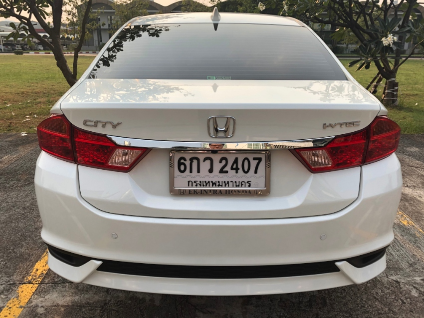 Honda City (July) 2017 SV+ AT only 9,000 KM excellent condition