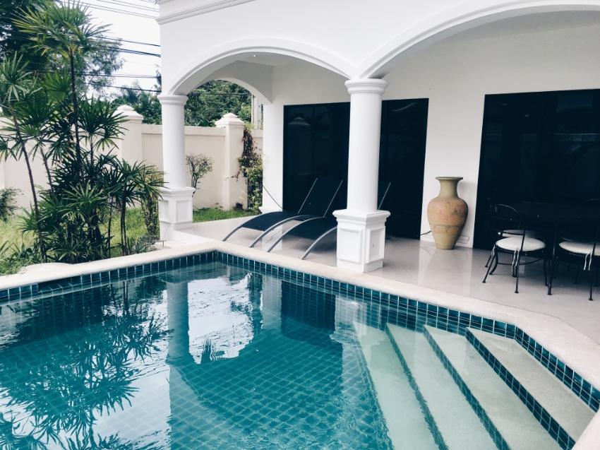 Palm Grove villas