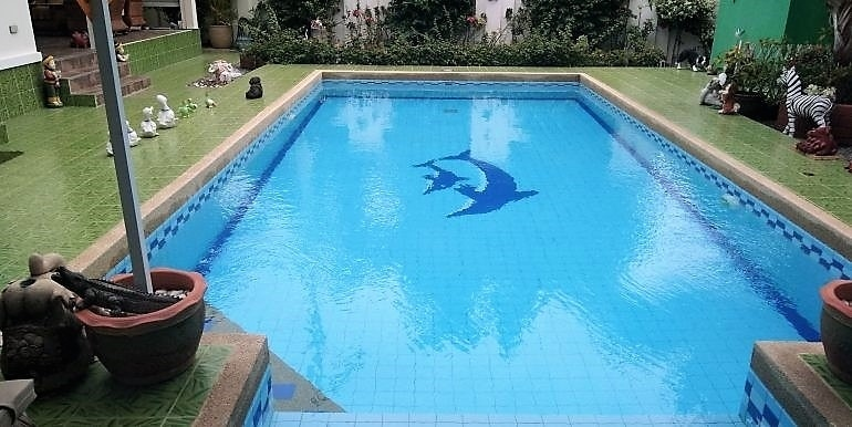 Bargain Priced Fully Furnished 3 BR 3 Bath Pool Villa