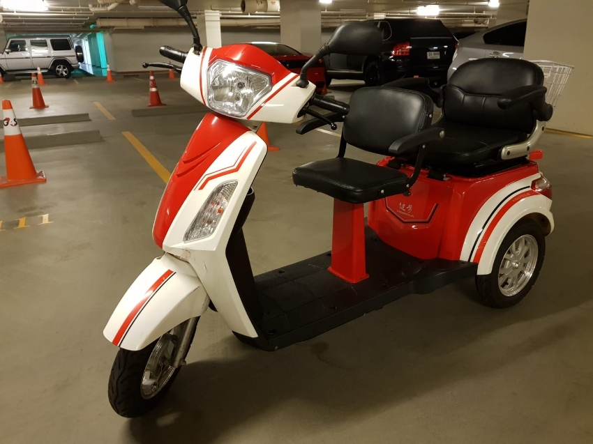 ELECTRIC Tricycle for sale , used few times.