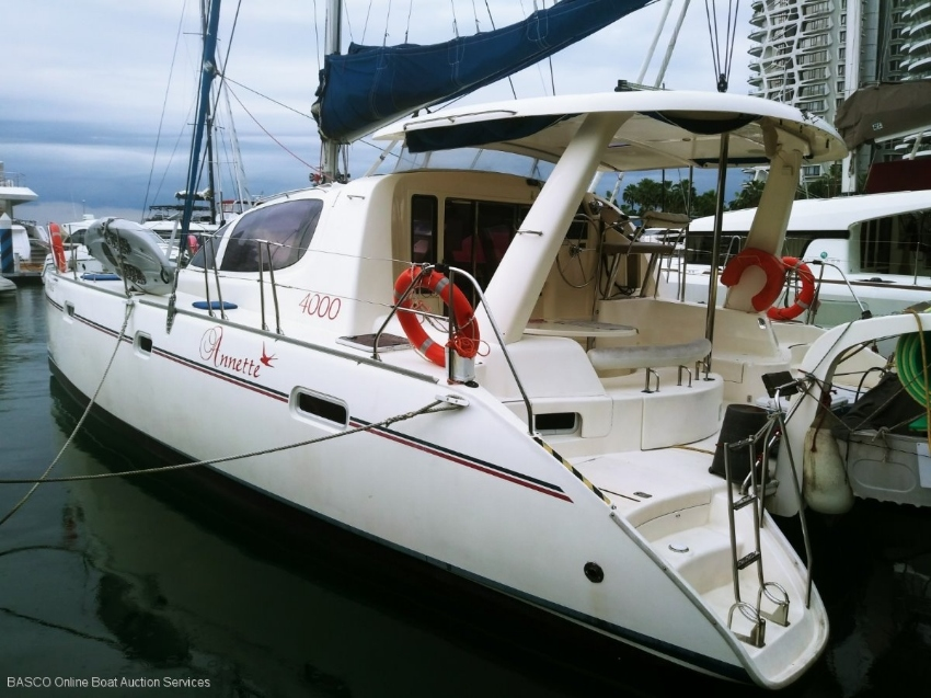 Leopard Catamarans 40 Sailing Catamaran