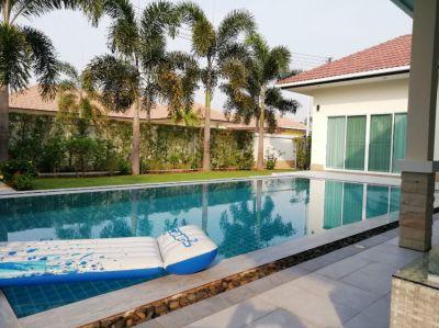 Amazing Pool Villa in small community,  205 sqm living,  private sale
