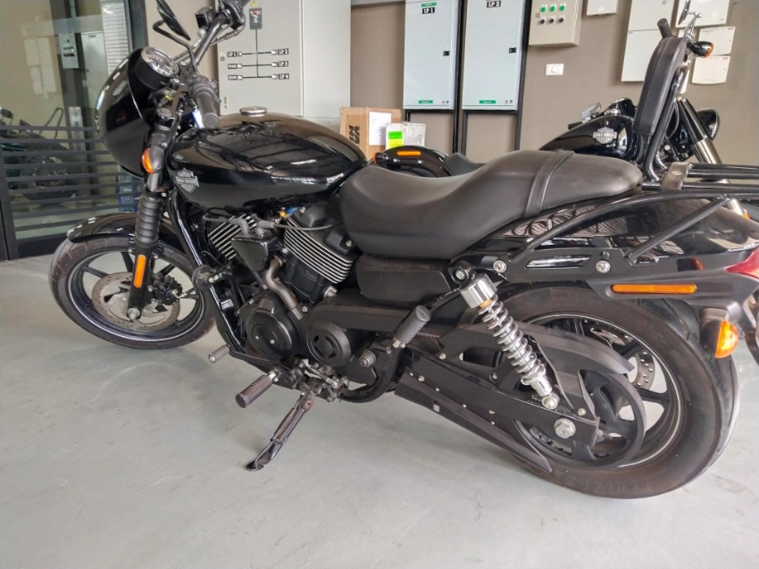 Harley Street 750 FOR SALE, have book, fully serviced, 2015, <5000kms
