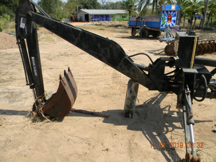 Backhoe PTO Attachment works well , sell because i brought a backhoe
