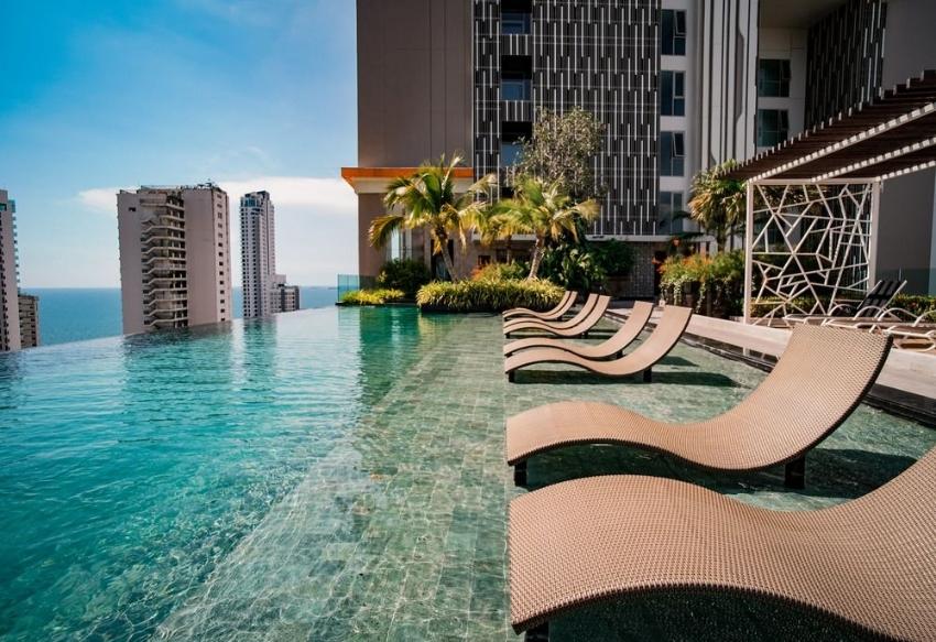 Riviera Wongamat 21st Floor Building B For Rent