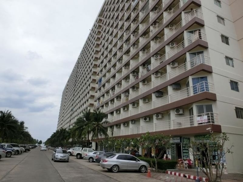 Large room condo for sale