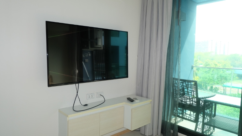 A modern studio condo just 100 metres from Jomtien Beach Ref#CSR318