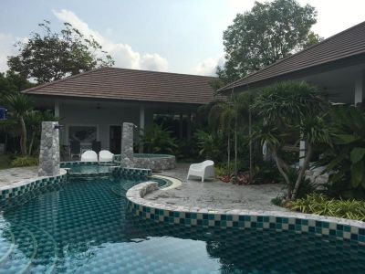 Magnificent, unique villa in South-East Pattaty for sale