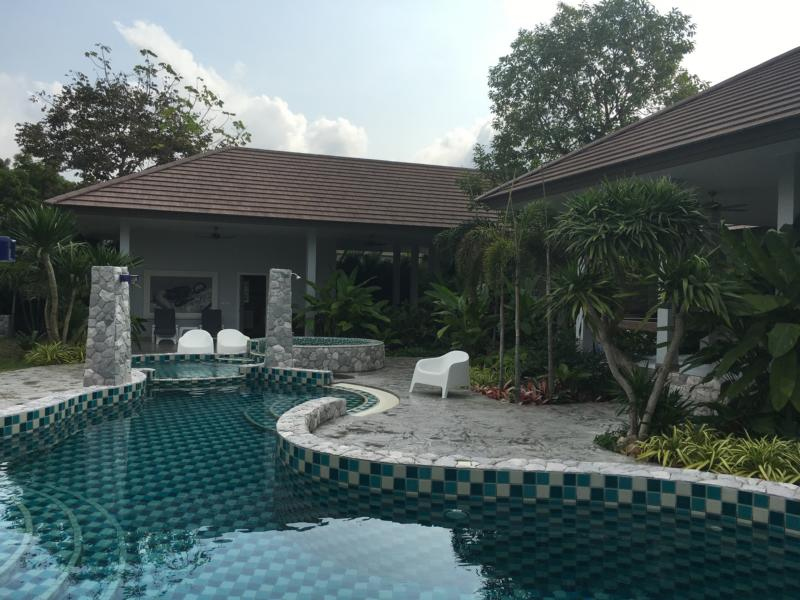 Magnificent, unique villa in South-East Pattaty for sale