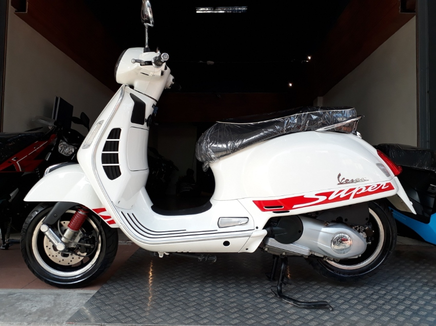 Vespa GTS150 Super w cash/installment