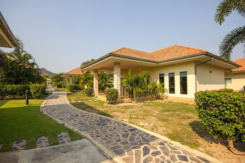 For Lease (30 Years) Beautiful 2 Bed Villa #Hua Hin