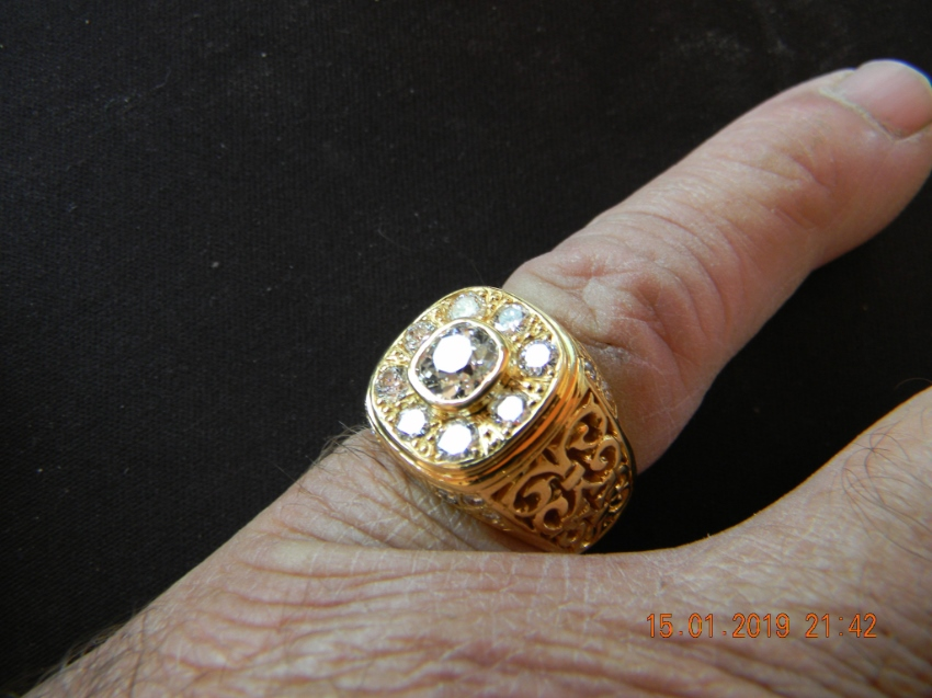 Gents gold diamond ring,one of a kind, dont be shy now.