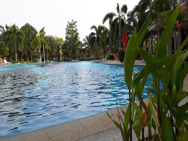 CS1788 View Talay 2A Studio for sale