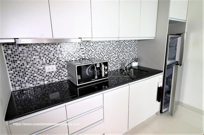 One bedroom, 1 bath, corner unit condo for sale at Novana Residence