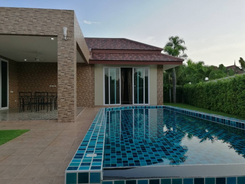 New Pool Villa  3 Bedroom  Huay Yai