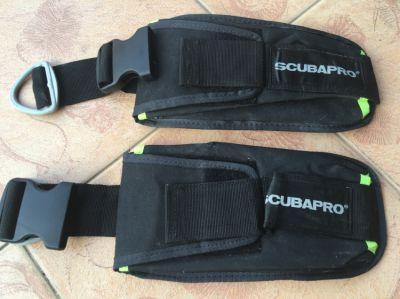 2 Scubapro weight pocket