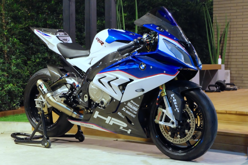 BMW S1000RR 2015 immaculate condition! with over half a million extras