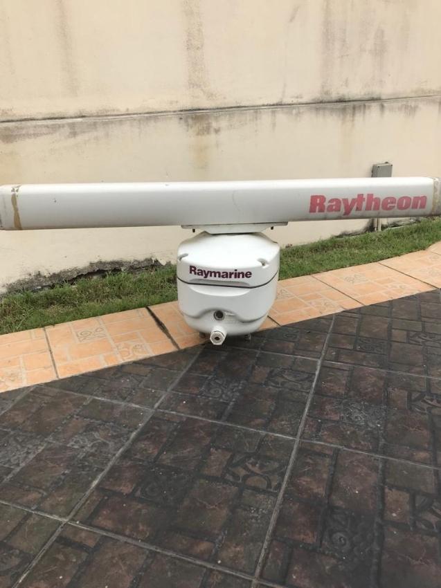 Raymarine Raytheon Radar (no display)