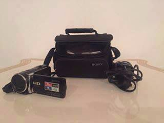 Sony HDR-CX190 High Definition Handycam 5.3 MP Camcorder