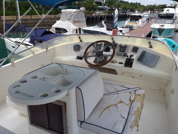 1995 Gulf Craft 53 for Sale