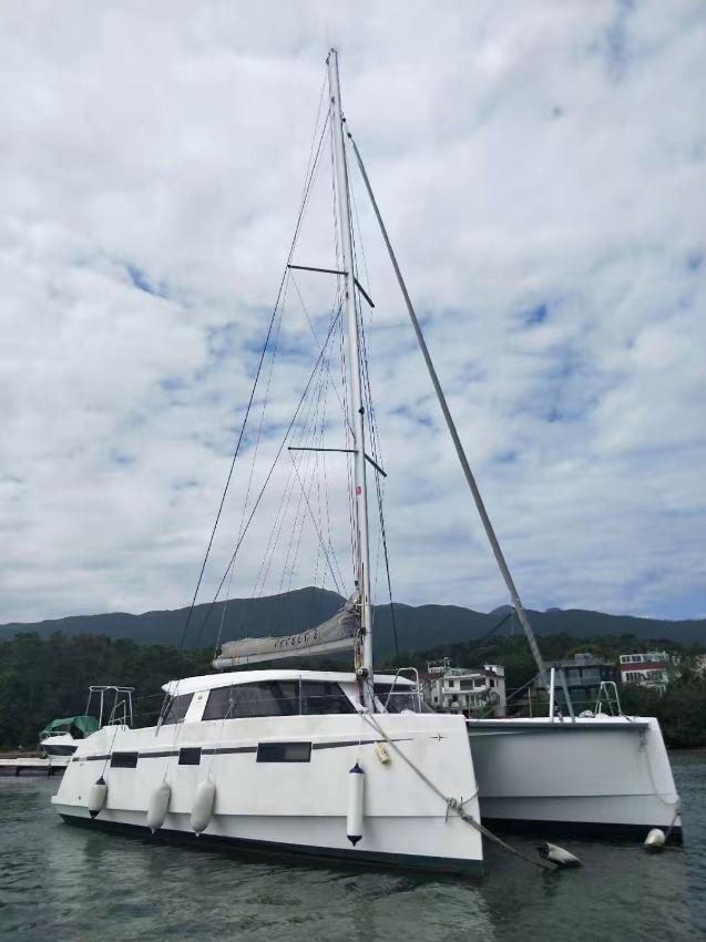 New Nautitech 40 Catamaran now available