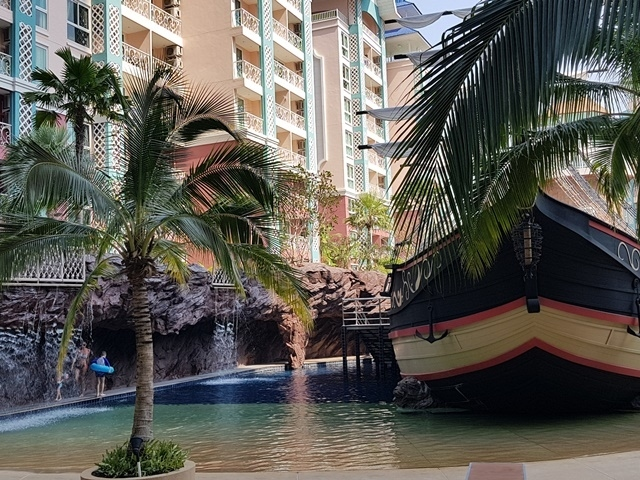 CS1793 Grand Caribbean , 1 bed for sale