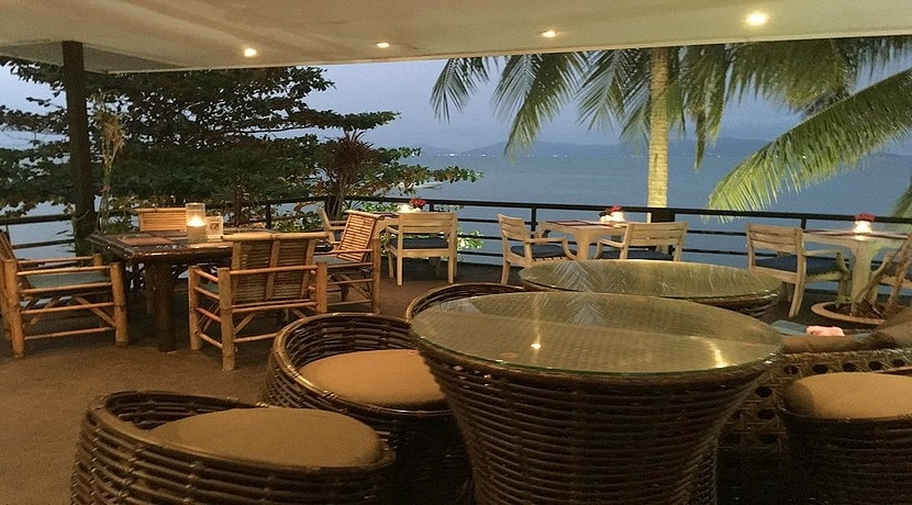For sale restaurant Koh Samui with local sale ice cream on the beach