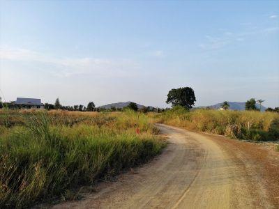 Hin Lek Fai 3 Rai Mountain Backdrop Owner Negotiable on Price