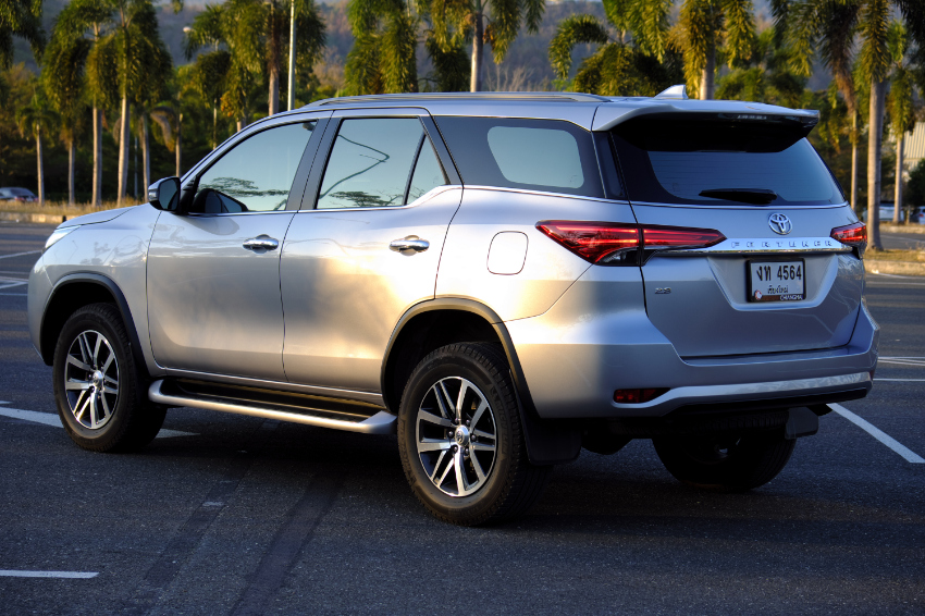 Toyota Fortuner, March 2018, 2,8L, AT, 2WD, 20,000 Km, like new