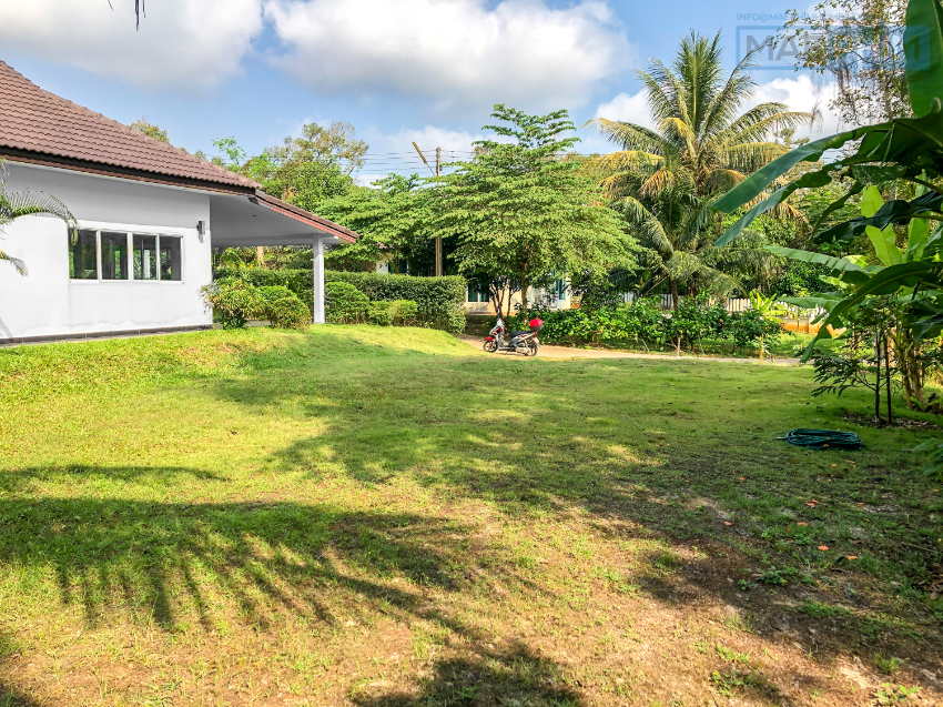 SALE! 3 bed /2 bath house on 644sqm land plot in Mae Phim