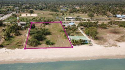 Land 3.5 rai on beach for sale in Kui Buri