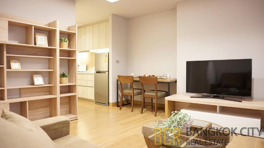 The Lumpini 24 Ultra Luxury Condo High Floor 2 Bedroom Corner Unit