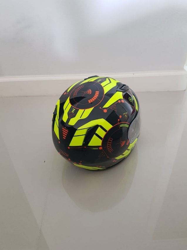 Like NEW youth helmet HJC