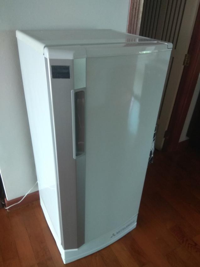 Refrigerator Mitsubishi MR 18SAX