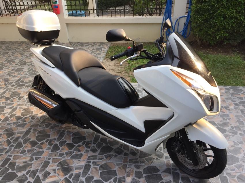 Honda Forza 300.  2013
