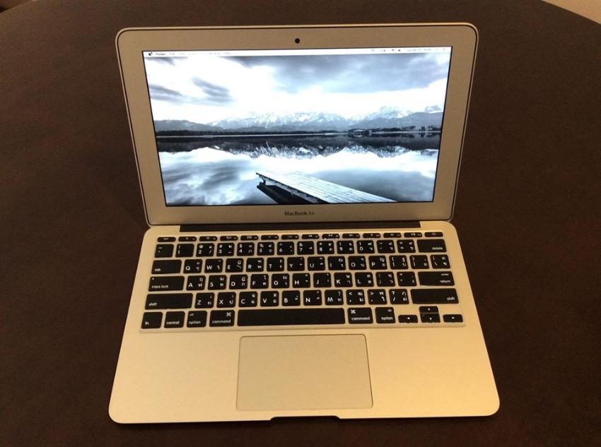 MacBook Air 11 inch 2012