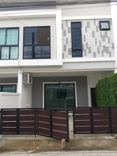 TL-0056 - Town house for rent with 2 bedrooms, 3 bathrooms, 1 kitchen