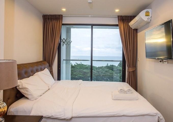 CS1798 De Amber Condo 2 bed for sale