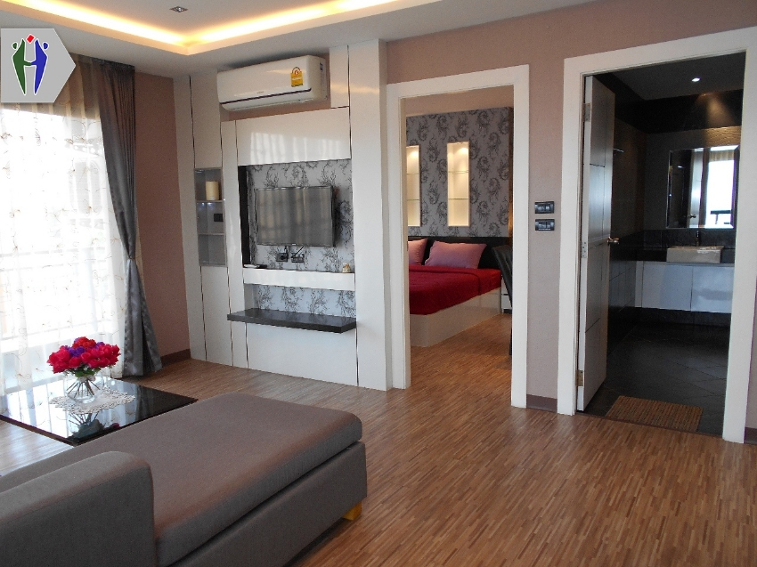 Condo for Rent 11,000 baht, Close to South Pattaya