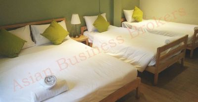 0109043 Stunning Silom Guesthouse for Sale and Rent