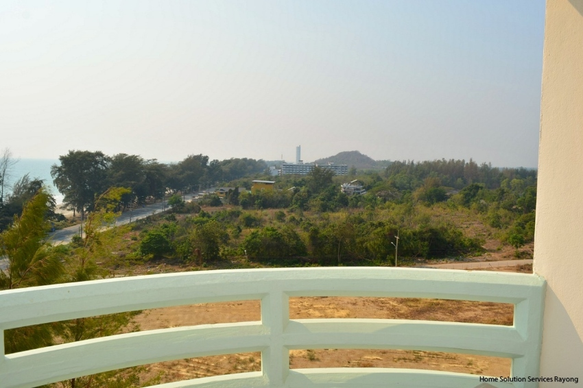 7TH FLOOR CONDO IN VIP CONDOCHAIN WITH OCEAN AND SUNSET VIEWS ..