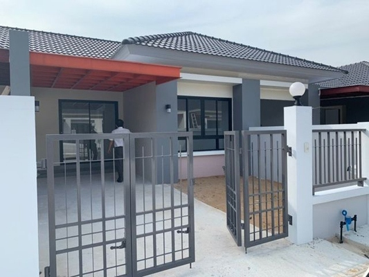 TL-0057 - Townhouse for rent with 2 bedrooms, 2 bathrooms, 1 kitchen
