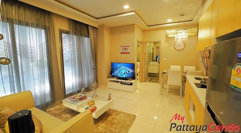 Arcadia Beach Resort For Sale Pattaya