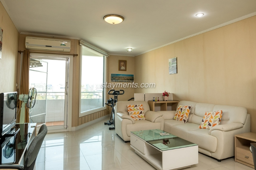 1 Bedroom Condo With Chiang Mai City View For Sale At The Trio Condomi
