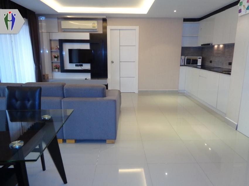 2 Bedrooms Condo for Rent South Pattaya (Height Floor)