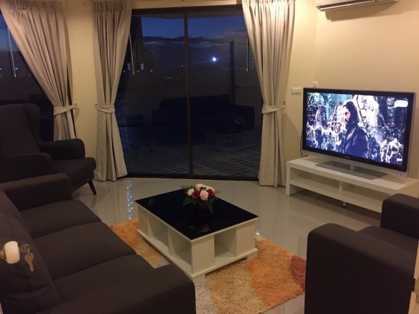 For rent very luxurious condominium with 300 sqm terrace