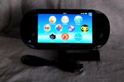 Sony PlayStation PS Vita 3G Wi-Fi in box