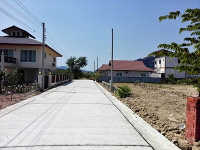 200 TW (800 sqm.) Cha-am Home Development Plot in Town Center